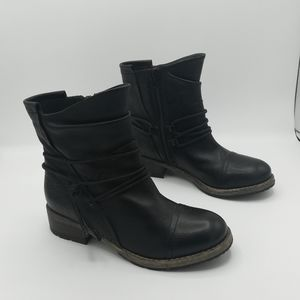 Clarks Artisan Collection Black Leather Ankle Boot